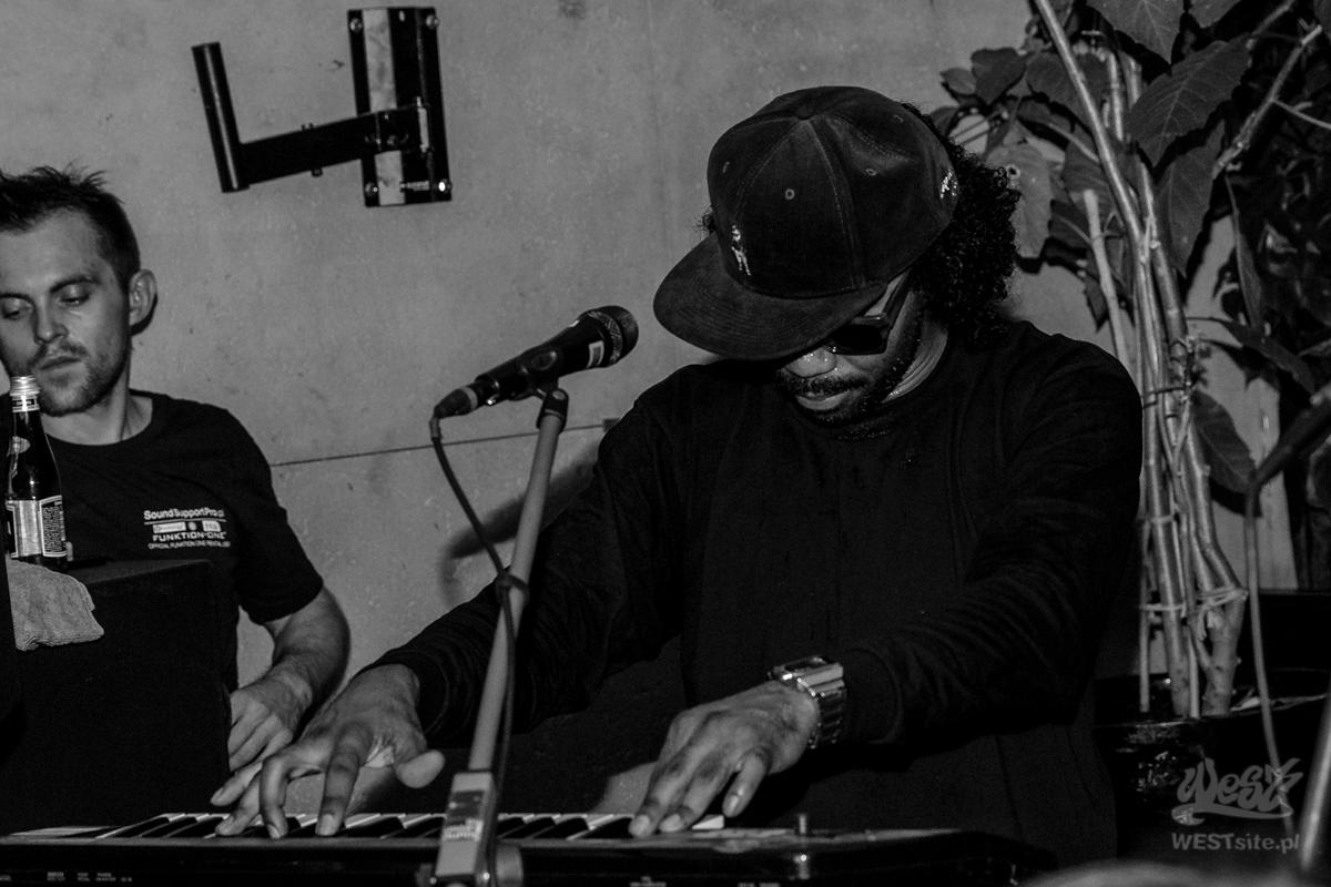 #25 DāM-FunK x Live Band, World Wide Warsaw: DāM-FunK x Live Band @ Warszawa, 2015