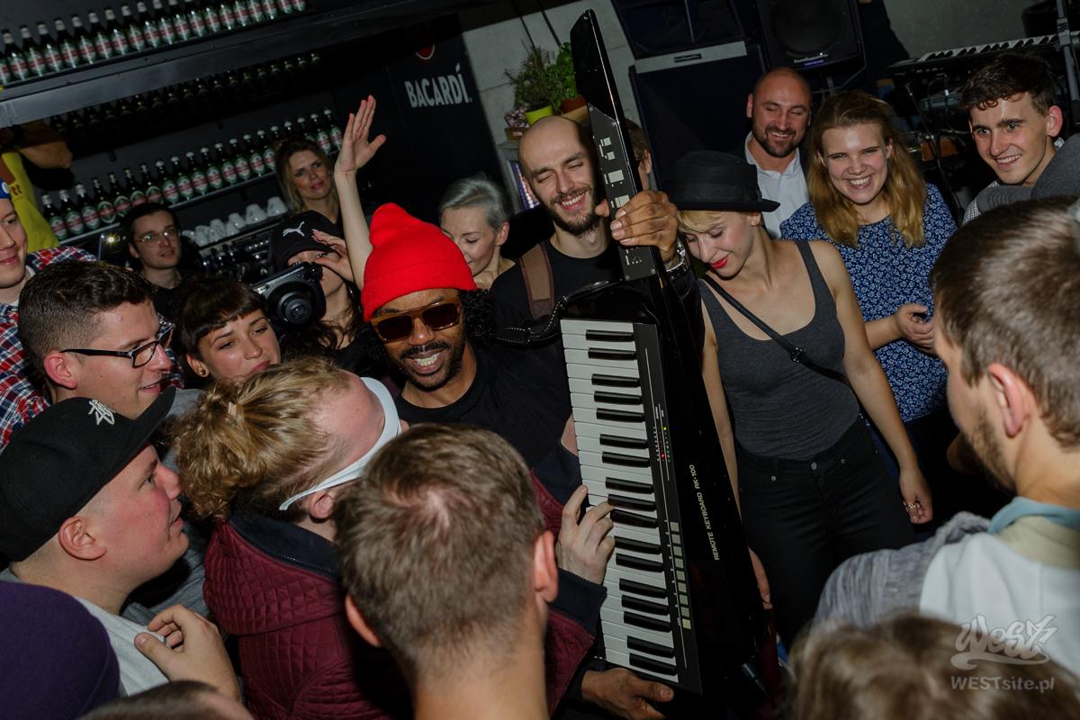#31 DāM-FunK x Live Band, World Wide Warsaw: DāM-FunK x Live Band @ Warszawa, 2015