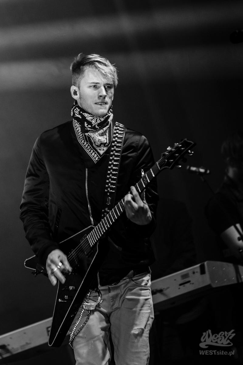 #09 Machine Gun Kelly x Live Band, Machine Gun Kelly ROAD TRIPPIN TOUR @ Warszawa, 2015
