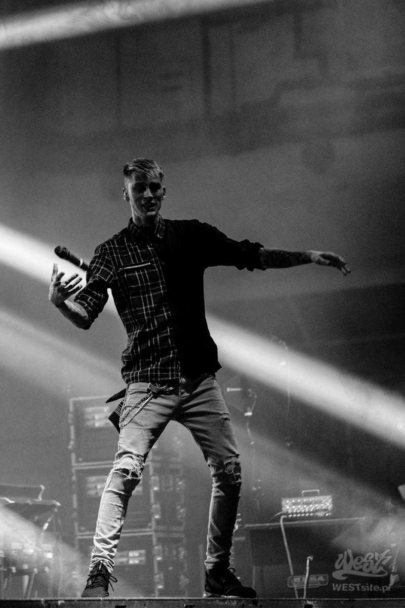 #23 Machine Gun Kelly x Live Band, Machine Gun Kelly ROAD TRIPPIN TOUR @ Warszawa, 2015