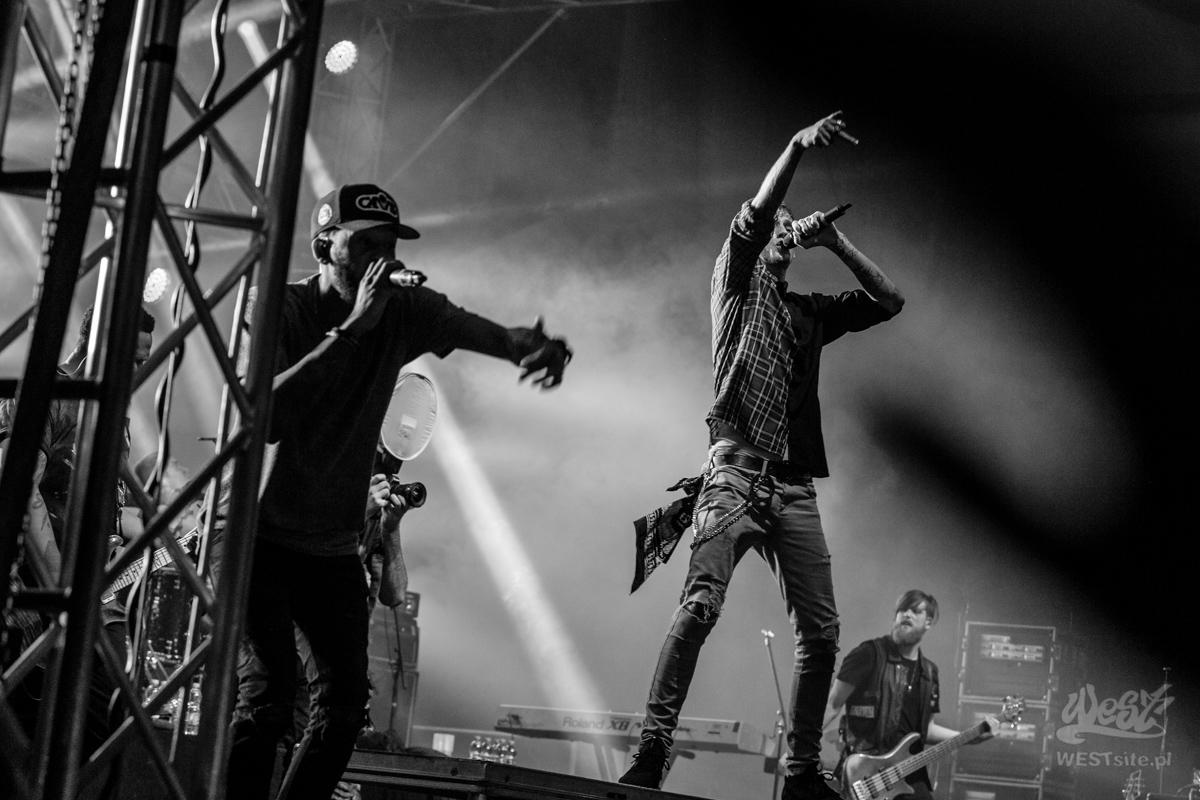 #28 Machine Gun Kelly x Live Band, Machine Gun Kelly ROAD TRIPPIN TOUR @ Warszawa, 2015