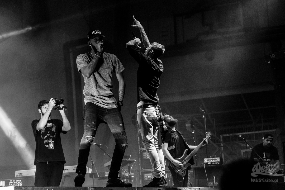 #30 Machine Gun Kelly x Live Band, Machine Gun Kelly ROAD TRIPPIN TOUR @ Warszawa, 2015