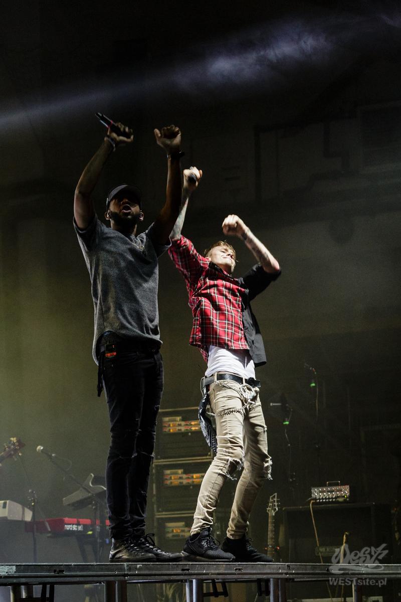 #77 Machine Gun Kelly x Live Band, Machine Gun Kelly ROAD TRIPPIN TOUR @ Warszawa, 2015#01 Machine Gun Kelly x Live Band, Machine Gun Kelly ROAD TRIPPIN TOUR @ Warszawa, 2015 Copy